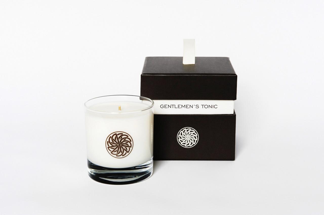 Gentlemen`s Tonic - Fragrance Candle Babassu an...