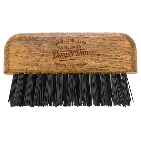 Brush- and Comb Cleaner